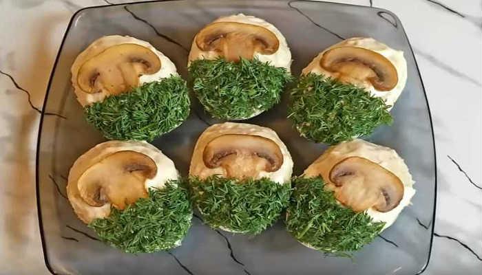 Фаршированные яйца с грибной начинкой