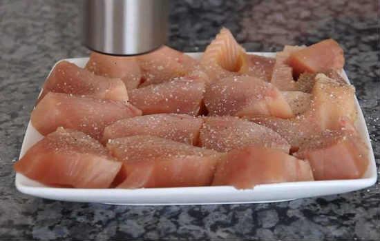 приправляем рыбу