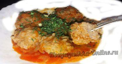 Ежики из фарша с рисом и подливой – Рецепт в мультиварке или на сковороде