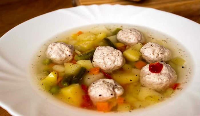 легкий суп с фрикадельками