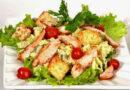 Салат Цезарь с курицей – классический простой рецепт